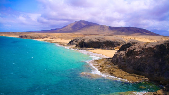 Ostrov Lanzarote - tzv. ostrov čierneho piesku